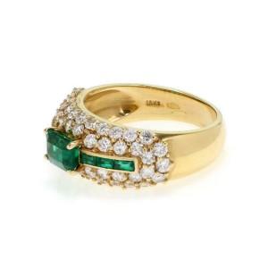 18k Yellow Gold 2.40ct Diamond & Emerald Cut Emerald Cocktail Ring Size - 7