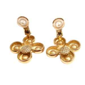 Chanel 18K Yellow Gold Simulated Glass Pearl Earrings