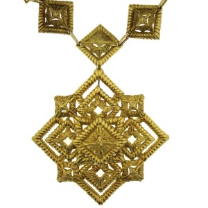 Hammerman Brothers Yellow Gold Vintage Necklace with Detachable Brooch Pendant