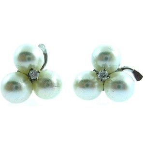 FINE ESTATE 14K WHITE GOLD DIAMOND / PEARL EARRINGS