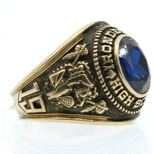 10K YELLOW GOLD IRONDEQUOIT 1968 HIGH DIAMOND CLASS RING 11.9 GRAMS SIZE 9.5