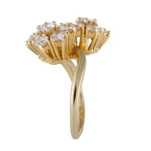 Van Cleef & Arpels Fleurette 18K Yellow Gold with 1.70ct Diamond Flower Ring Size 4.75