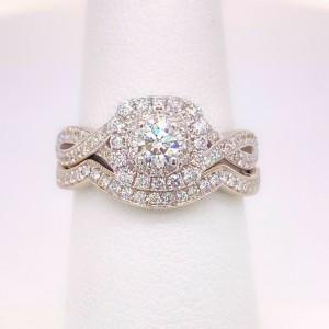 Neil Lane 1.08 tcw Twisted Band Round Diamond Engagement Ring with Diamond Band