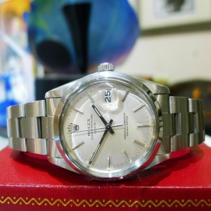 Mens Vintage ROLEX Oyster Perpetual Date 34mm Silver Dial Stainless Steel Watch