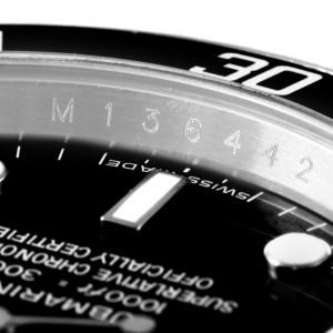 Rolex Submariner 14060 40mm Mens Watch