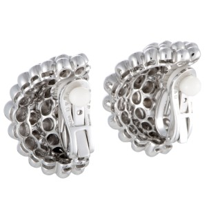 Boucheron Grains de Raisin 18K White Gold Wide Huggie Omega/Clip-on Earrings