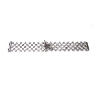Chanel Star Ladies 18K White Gold And Diamonds Wristwatch