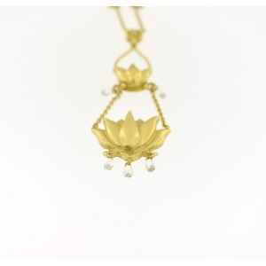 18K Yellow Gold Pendent Necklace Diamonds