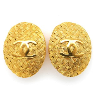 Chanel Coco Mark Oval Gold Tone Metal Vintage Earrings