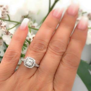 Neil Lane Diamond Engagement Ring Princess 1 00 Tcw 14k White Gold 3 300 Retail Neil Lane Buy At Truefacet