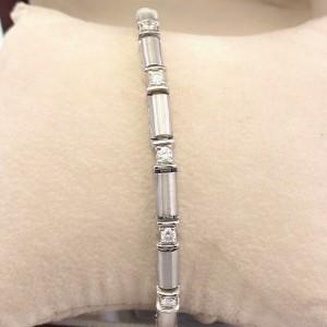Round Brilliant Diamonds Station Tennis Bracelet 1.05 tcw