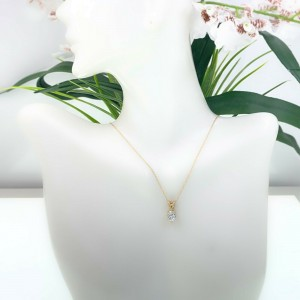 Round Brilliant Diamond 0.65 cts Solitaire Pendant Necklace 14kt Yellow Gold