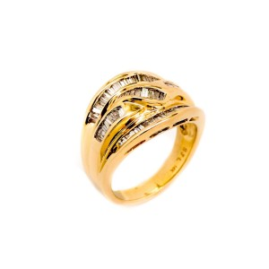 14K Yellow Gold 1.0ct Baguette Diamond Ring