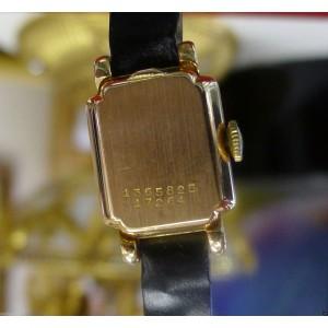 Universal Geneve Vintage 16mm Womens Watch