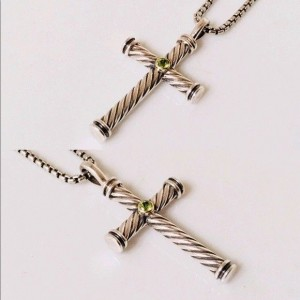 David Yurman Sterling Silver and 18K Yellow Gold with Peridot Cable Cross Pendant Necklace