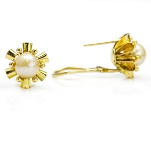 14k Yellow Gold Vintage Pearl Stud Earrings