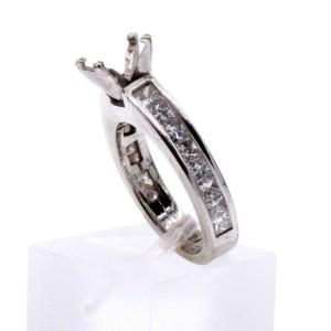 14k White Gold Diamond 1.40ct Ladies Mounting Ring 3.9 Grams Size 3.5
