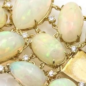 Moliva 117.05 Carat 18k Yellow Gold Opal Diamond Wide Link Bracelet
