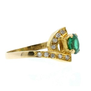 18k Yellow gold Green Stone & CZ Ladies Ring 3.6 Grams Size 7