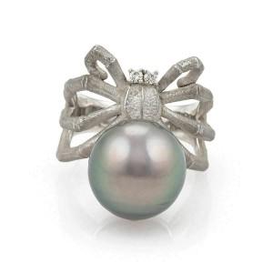 Estate 13mm Grey Pearl Diamond 18k White Gold Spider Ring