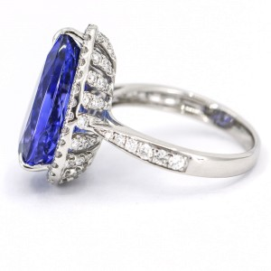 Dehago 9.28 Carat Tanzanite and Diamond Statement Ring in 14k White Gold