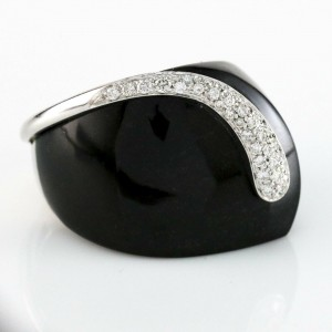 K Di Kuore Onyx and Diamond Statement Ring 18k White gold