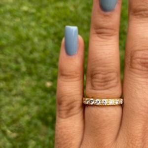 18k Yellow Gold Diamond Eternity Band Ring Apx.60ctw
