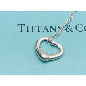 TIFFANY & Co. Sterling Silver Small Open Heart necklace
