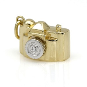 Tiffany & Co. Limited Edition Camera Charm in 18k Gold with a Diamond