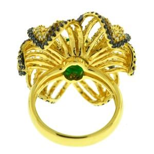 EFFY 14k yellow Gold White and Black Diamond Emerald Flower Ring Aprox 2.86ctw