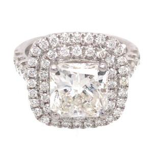 18k White Gold 3.04 ct Radiant Cut Diamond Engagement Ring