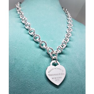 Tiffany & Co. Return to Tiffany 925 Sterling Silver Heart Necklace