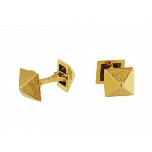 Van Cleef & Arpels RARE 18 Karat Yellow Gold Pyramid Design Cufflinks
