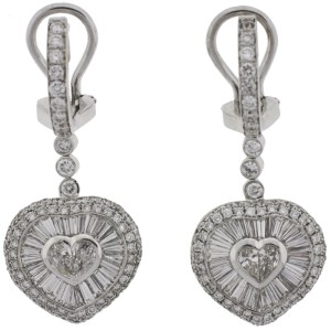Oliva 18K White Gold Heart Diamond Earrings
