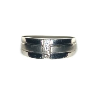 10K White Gold and Diamond  Wedding Band