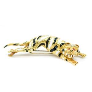 David Webb Tiger Brooch With Ruby Pear Shaped Eyes & Diamonds 18K Yellow Gold