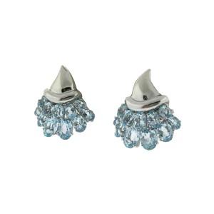 18k White Gold Cluster Earrings With Blue Topaz