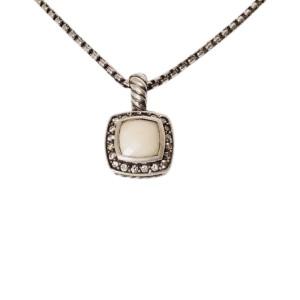 David Yurman Petite Albion Sterling Silver with White Agate Prasiolite and 0.17ctw. Diamond Pendant Necklace
