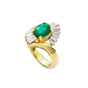 14K Yellow Gold Manmade Emerald 0.65 Ct Baguette Diamond Ring Size 6.75