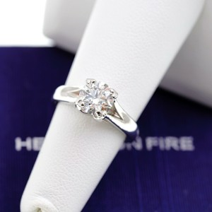 Hearts on Fire Round Brilliant Diamond 1.31 cts G VS2 Engagement Ring Platinum