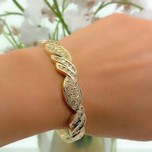 Round Brilliant Diamonds Bangle Bracelet 3.00 tcw 14kt Yellow Gold