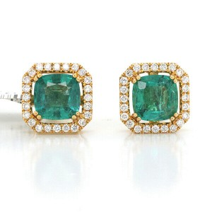 3.60 CT Colombian Emerald & 0.54 CT Diamonds in 18K Yellow Gold Stud Earrings