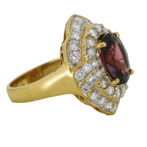 GIA Certified Red Spinel Diamond Cocktail Ring in 18k Gold ( 4.50 ct tw )