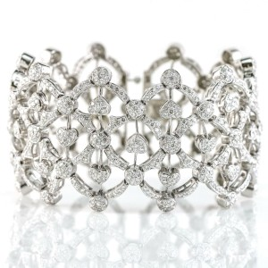 Openwork Hearts Diamond Bracelet in 18k White Gold ( 12.00 ct tw )