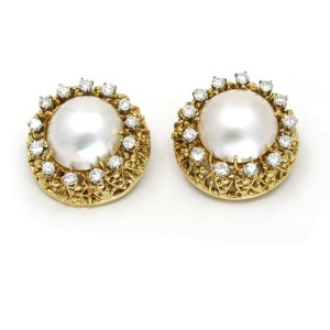 Mabe Pearl Diamond Round Clip-On Earrings in 18k Yellow Gold ( 1.30 ct tw )