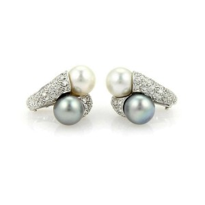 Estate 18k White Gold Diamonds & Two Pearls Stud Earrings