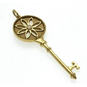 Authentic Tiffany & Co. 18K Yellow Gold Diamond Daisy Flower Key Pendant