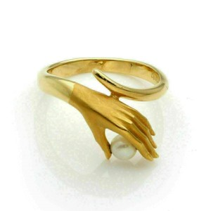 Carrera y Carrera Pearl 18k Yellow Gold Hand Ring Size 6 w/Card