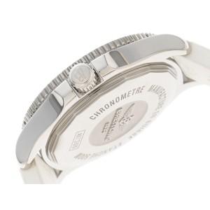 Breitling Superocean II A17356 SS 42mm Mens Watch