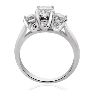 14K White Gold Round Cut Diamond Three Stone Ring